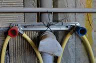 استفاده نادرست صفحه نصب صاف به جای صفحه نصب قوص دار